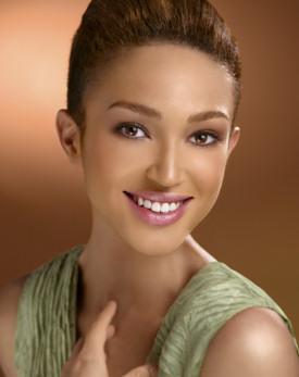 Foto Model on America S Next Top Model 4 Antm Winner  Naima S Photo Portfolio