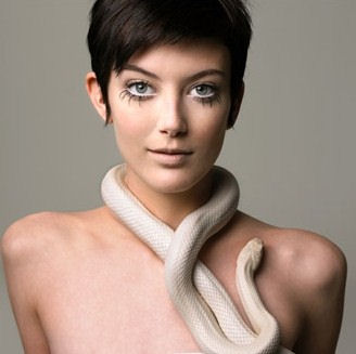 America 39 s next top model 1 antm winner adrianne for Photo modele