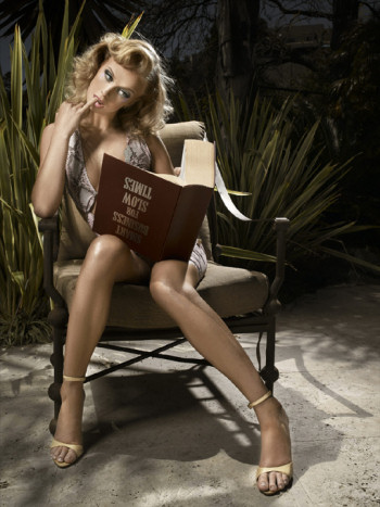 caridee-photo-dumb-blonde-model-reading-book-upside-down.jpg
