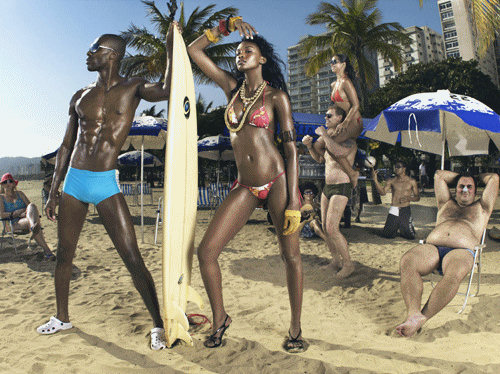 Teyona in Brazil in a swimsuit photoshoot on America's Next Top Model