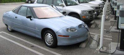 Ev1 Car Plugged In Gm S