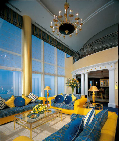 Sailboat hotel inside burj al arab 7 star hotel in dubai for The best hotels in dubai 7 star